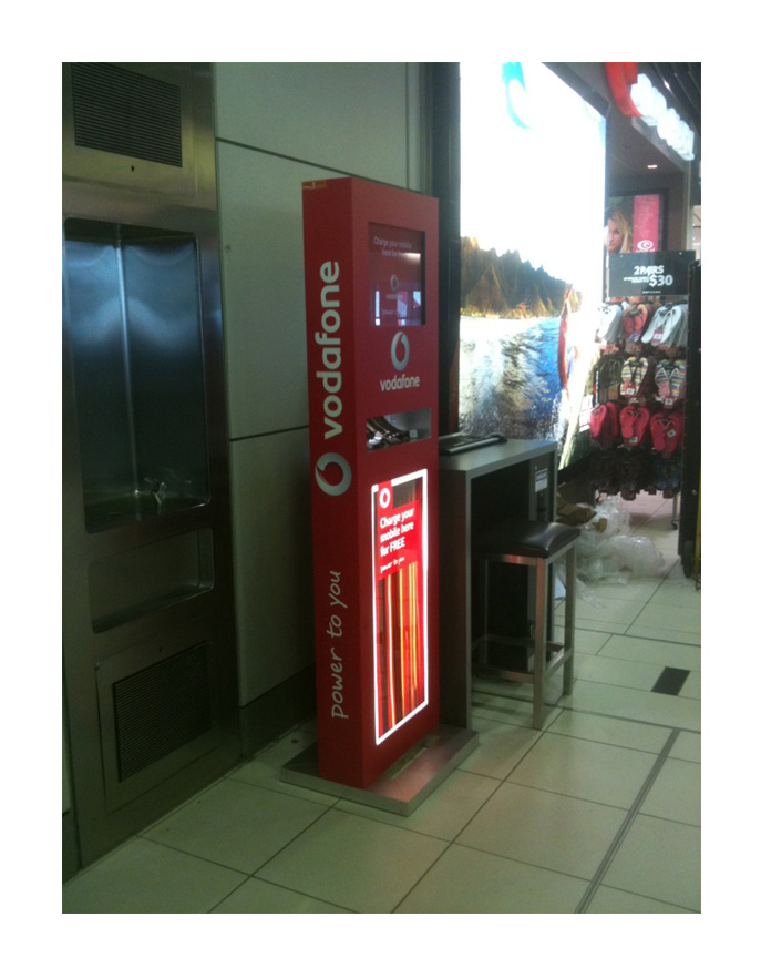 free standing Mobile phone charging station free standing Mobile phone charging station